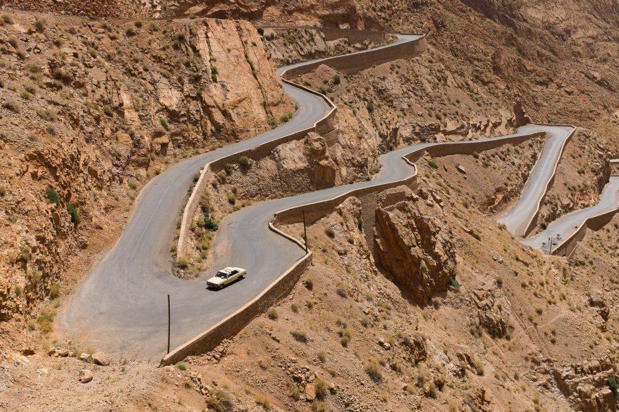 Serpentinen-Reise-Auto-Customer-Journey-Map-Content-Marketing