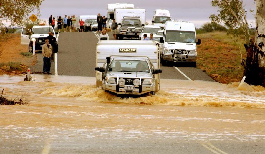 strasse-überschwemmung-customer-journey-gone-wrong